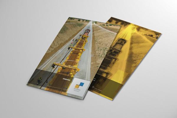 Brosur Perusahaan - 4 Fold Brochure Design 3