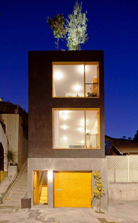 Desain Interior Terbaik Untuk Rumah Sempit - Eel's Nest by Anonymous Architects 1