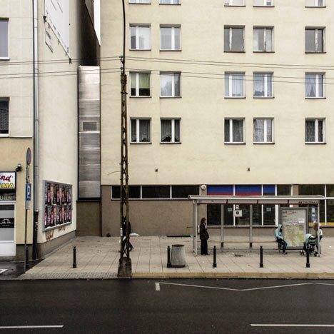 Desain Interior Terbaik Untuk Rumah Sempit - Narrow House Design by Jakub Szczesny 01
