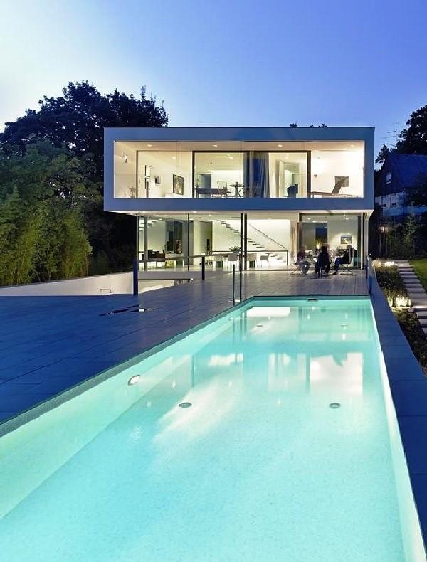 Tips Merenovasi Rumah Menjadi Type Minimalis - Simple-shapes-helping-build-spectacular-architecture-puristische-villa