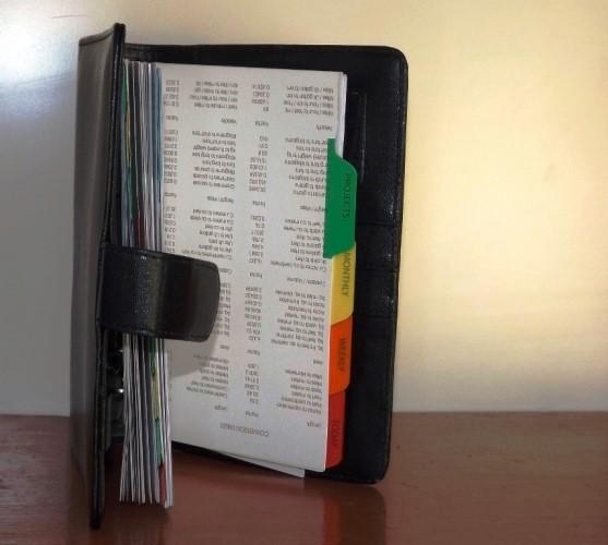 Pentingnya Buku Agenda Kerja Harian untuk Perusahaan - Buku-Agenda-Percetakan-Ayuprint-Karawang-DSCF1989-557x500