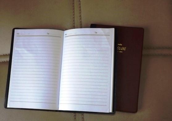 Pentingnya Buku Agenda Kerja Harian untuk Perusahaan - Jual-Buku-Agenda-Percetakan-Ayuprint-Karawang-DSCF2035-557x394